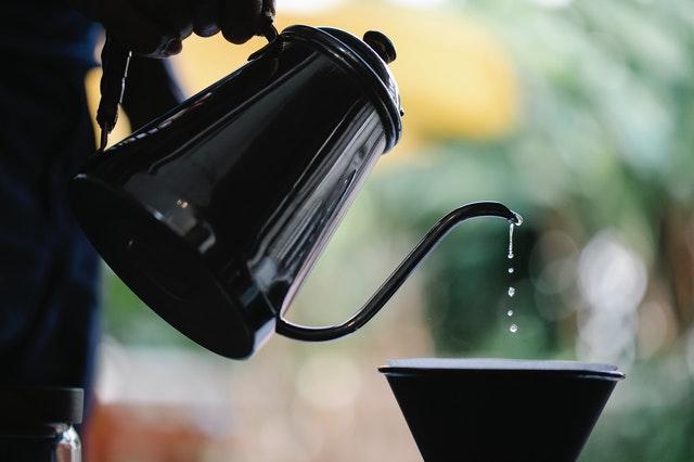 How to make coffee taste better: use a warm mug